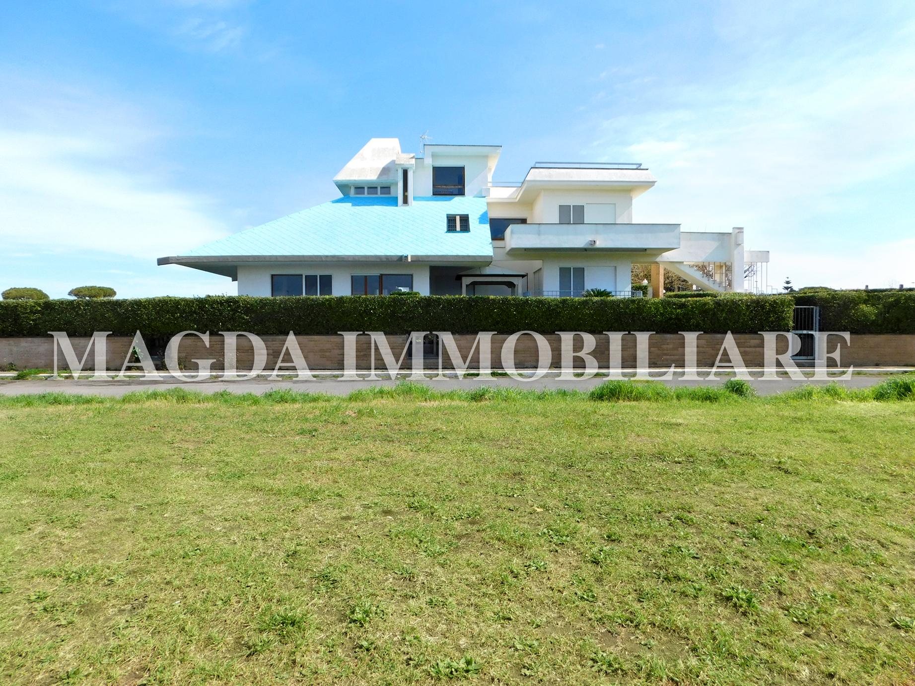 Villa Unifamiliare a Campo Di Mare - Viale Mediterraneo, 43