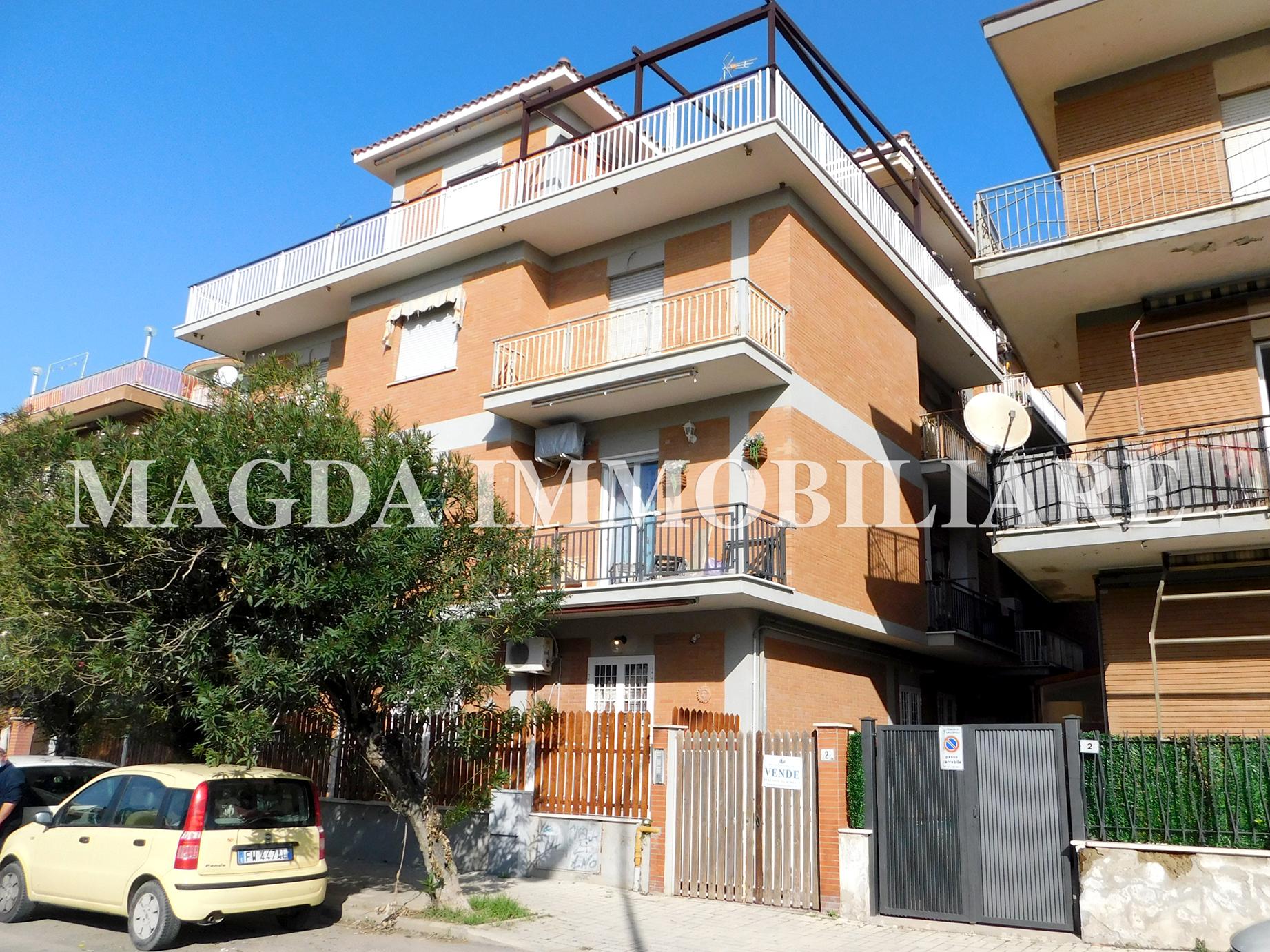 Appartamento a Ladispoli - Via Roma, 2