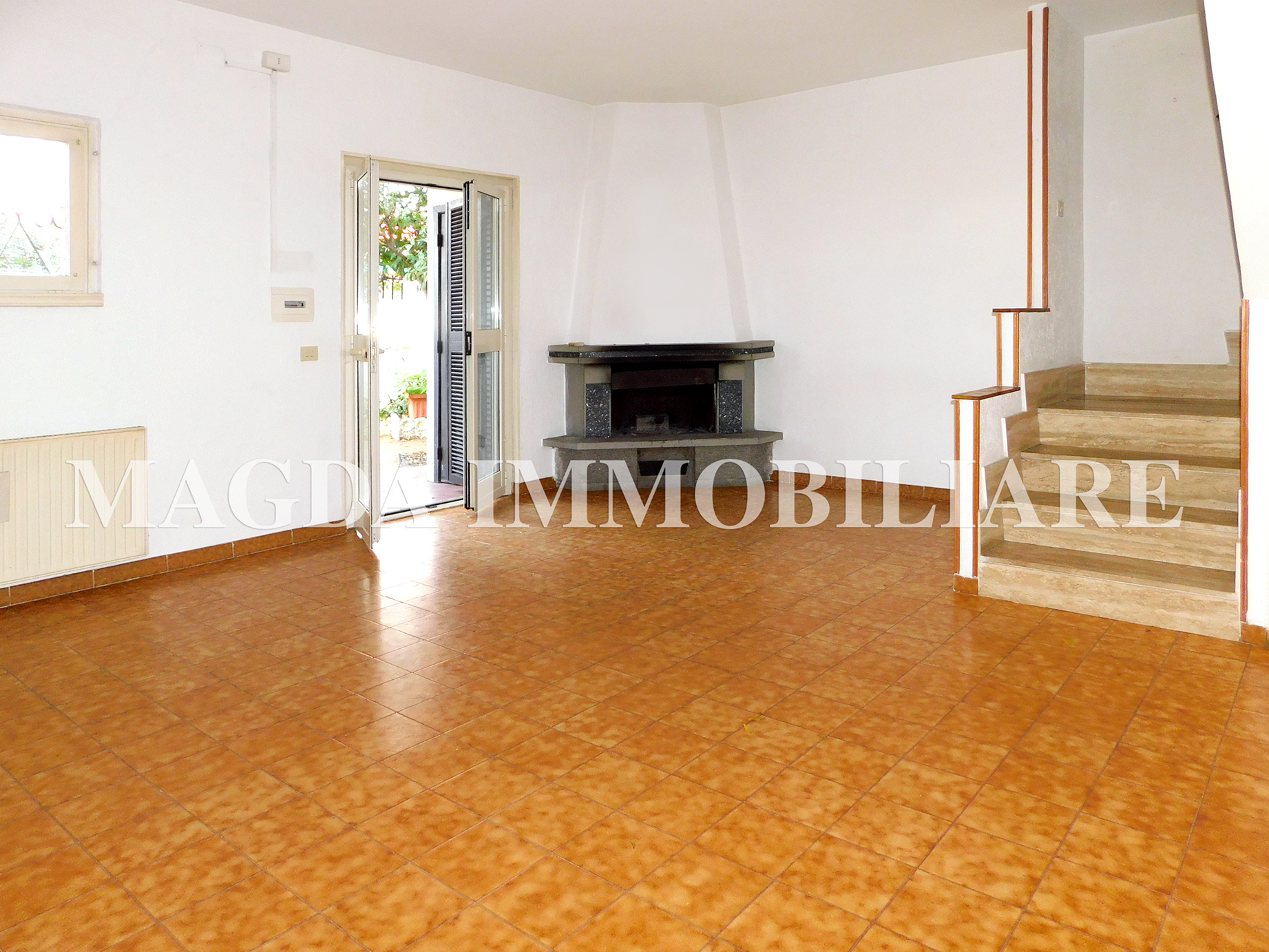 Appartamento a Cerenova - Viale Fregene, 39